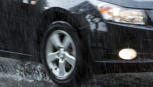 Cuidados com o carro no período de chuva: confira