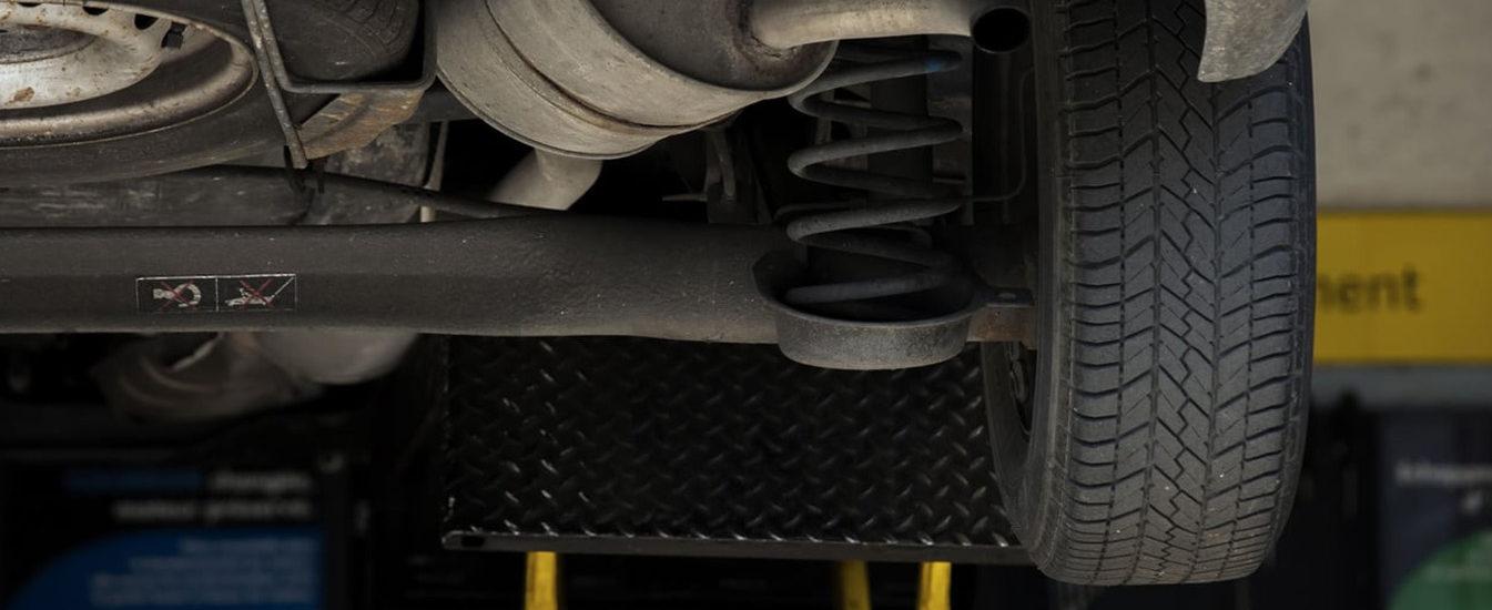 Como saber a hora de fazer a troca do amortecedor do carro?