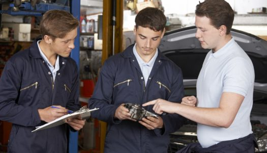 Como se diferenciar como mecânico e ser o profissional que todo cliente procura?